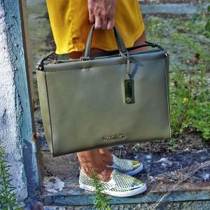 Dámská kabelka Calvin Klein Ritta - olivová