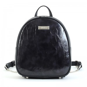 Dámský batoh Doca 15534 - černá