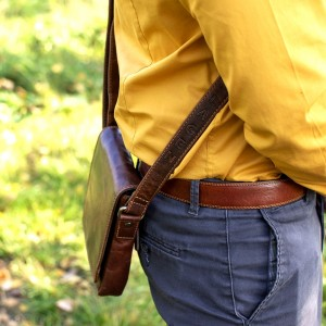 Pánská kožená taška přes rameno Lagen Corrado - hnědá